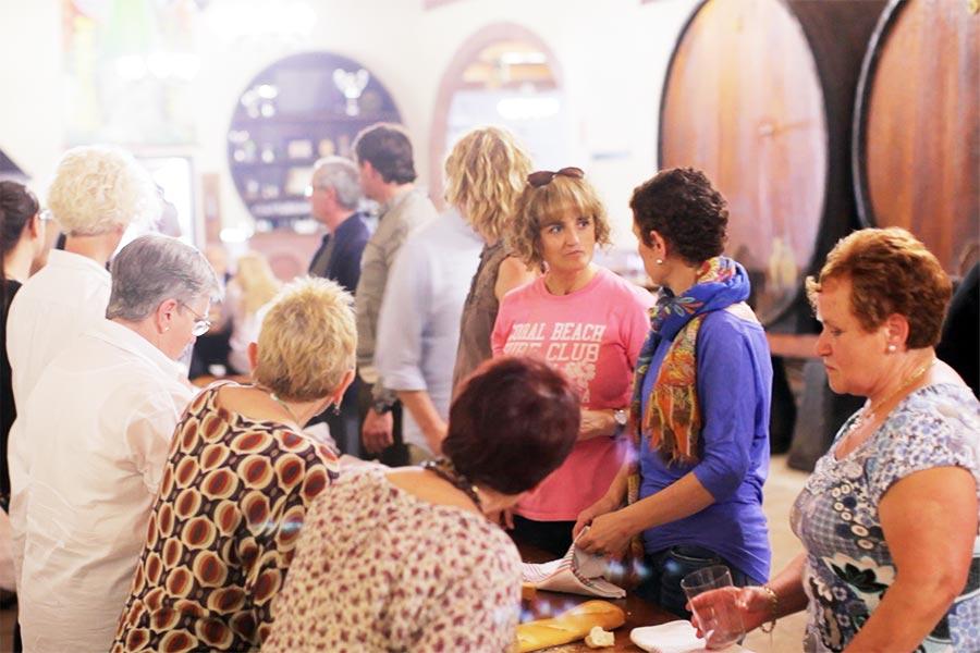 Visita al museo y de la sidra y comida en sidreria tradicional