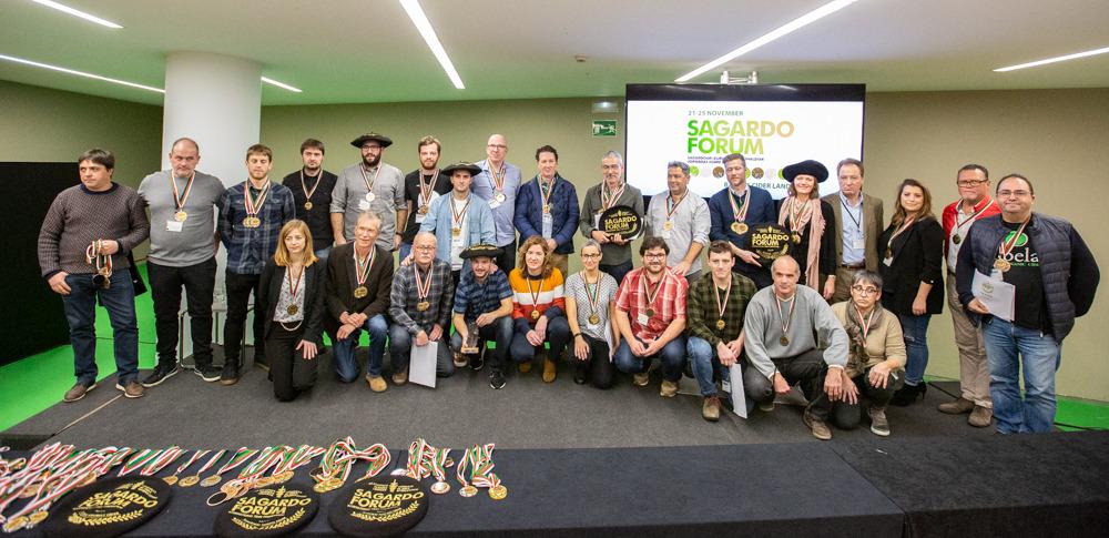 Una sidra vasco-estadounidense destaca entre las 190 presentadas al II Concurso de Sidra Internacional Sagardo Forum